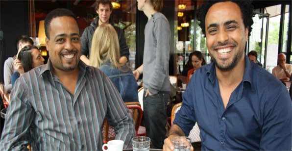 Eri-TV presenter Biniam Simon (L) chose to exchange his country and people for lifein Europe and worse than that, to be a tool for a guy like Leonard Vincent. He is now working for the Paris based Radio ERENE, with another sell out Meron Estifanos and Amanuel Ghirmay (R)