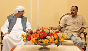 Meeting of Mr. Mohammed Yusuf Adem, Administrator of Kasala region, with President Isaias