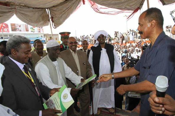 Welcoming President Isaias Afwerki, Port Sudan (24 Nov 2013)