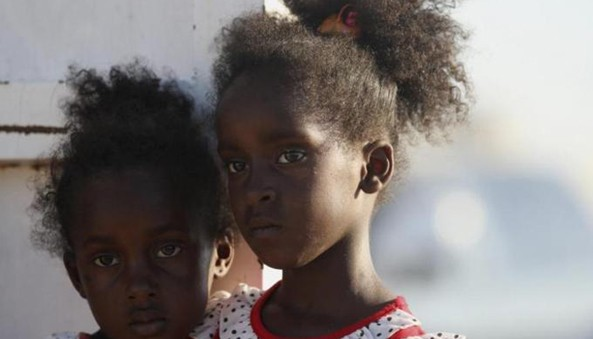 The Sudanese government continued to warn illegal immigrants wishing to travel to Libya against human traffickers underscoring the enormous risks they faced including getting lost in the desert which led to many deaths out of thirst in the past.