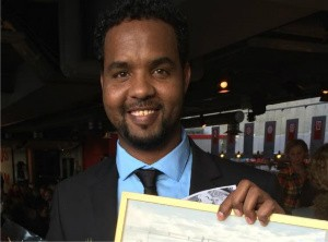 Cameraman Abdullahi Hussein present to the Swedish police a 100hr long raw video evidence that proves the many killings, torture and rape going on in the Ogaden region
