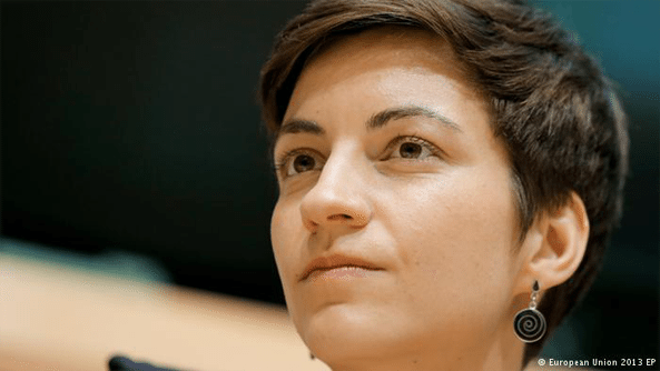 """""""Hundreds of refugees have died trying to reach the Italian coast in the past few months alone. This situation must be stopped."""" - Franziska Keller, Green Party EU parliamentarian"""