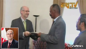 Ambassador Rossetti presenting his credentials to President Afwerki