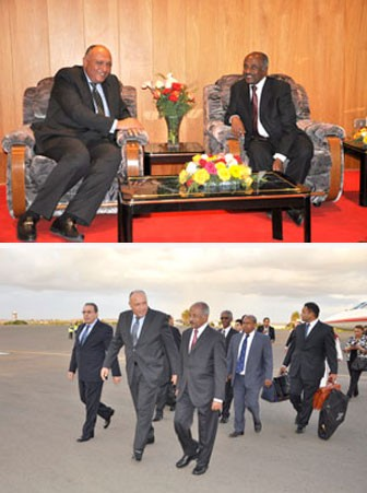 Eritrean and Egyptian Foreign Ministers at Asmara Airport