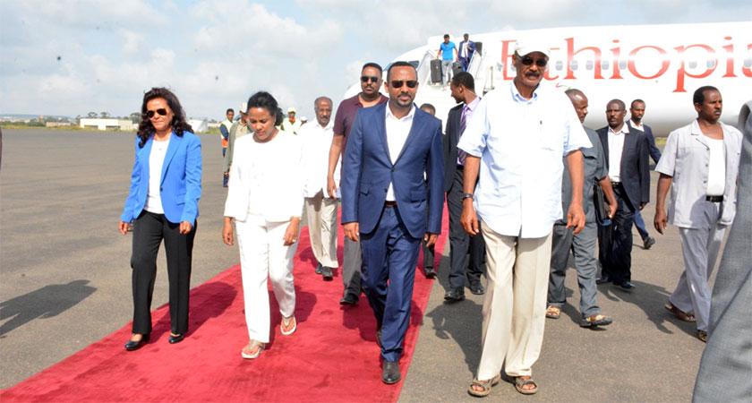 Ethiopian Prime Minister Visits Eritrean Ports of Assab and Massawa