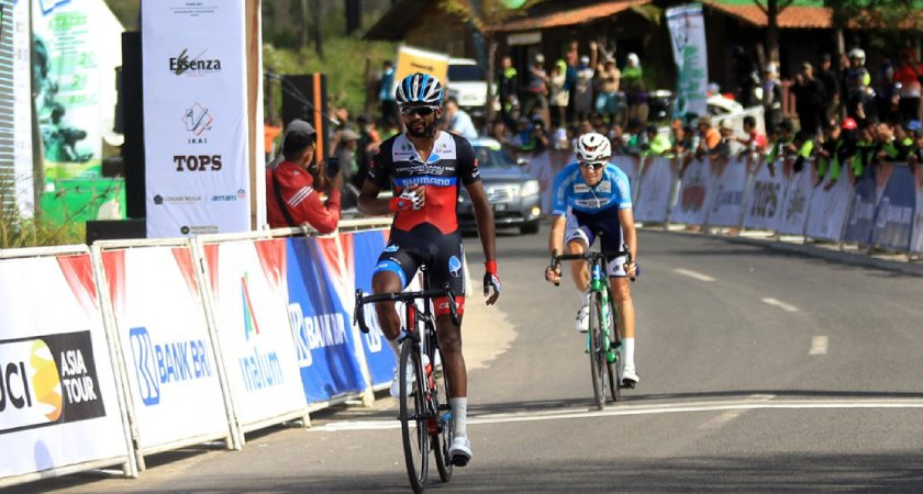 Eritrean Metkel Eyob Conquers Steepest Climb in Stage 4 of Tour de Indonesia